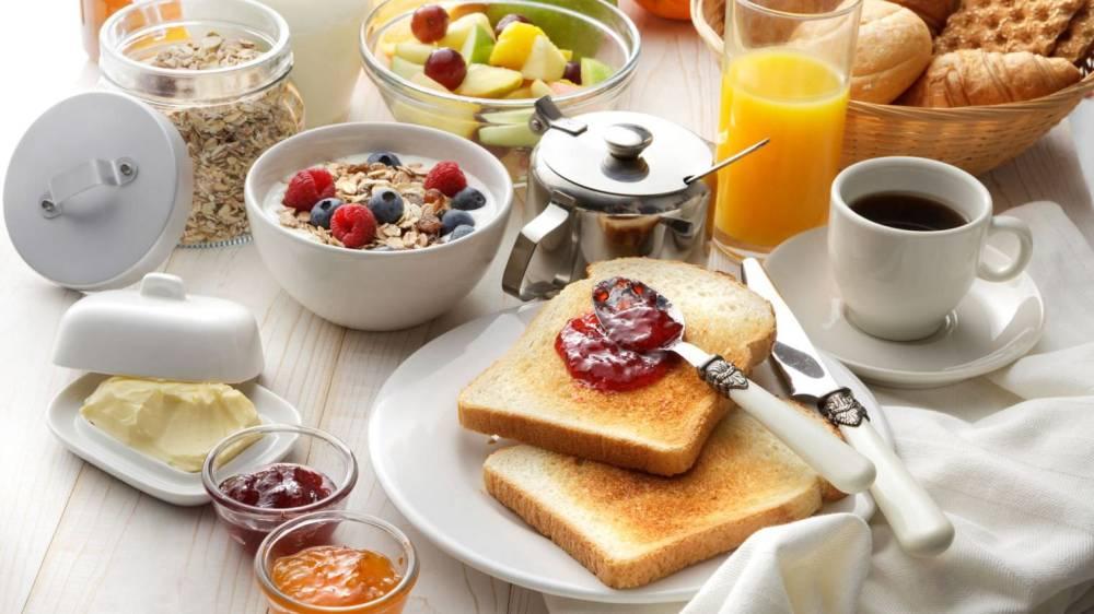 petit-dejeuner-table_5562277.jpg
